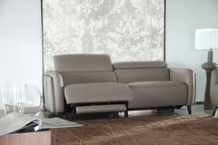 San Diego Furniture Divano Giuseppe & Giuseppe Allure Italian Reclining sofa leather modern