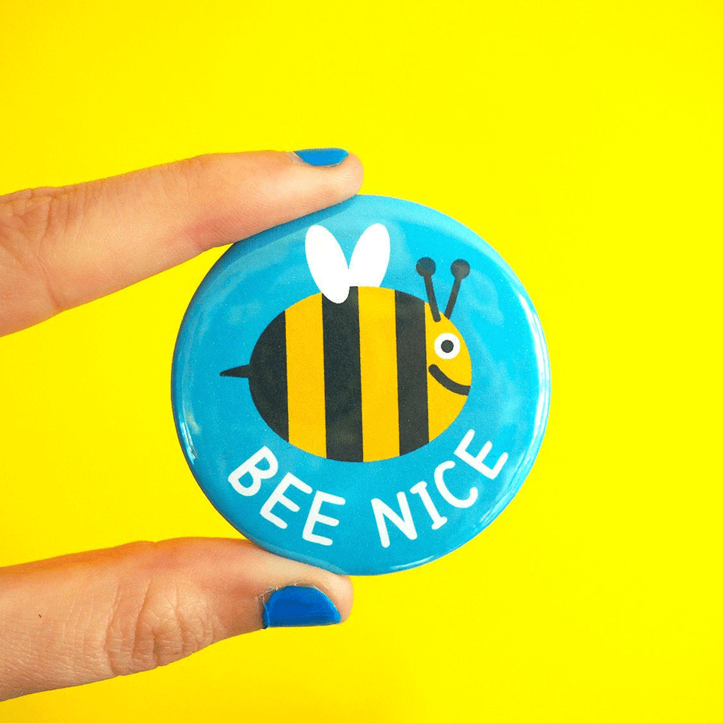 Bee Nice Badge - hello DODO