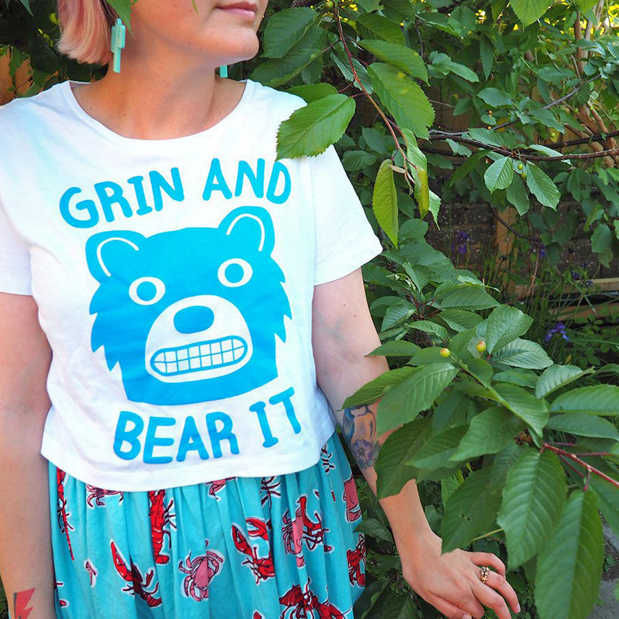 Grin And Bear It Cropped T-shirt - hello DODO
