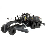 18M3 MOTOR GRADER - BLACK FINISH