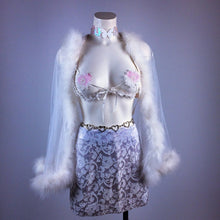 Load image into Gallery viewer, 90's Angelic White Daisy Pasties Underwire Lace Bra