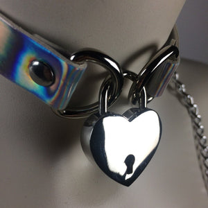 90 Holo Heart Choker Necklace with Key