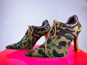Y2k SGT Brat Sporty Spice Camo Lace Up Wide Stripe Hiker Ankle Boots // 8