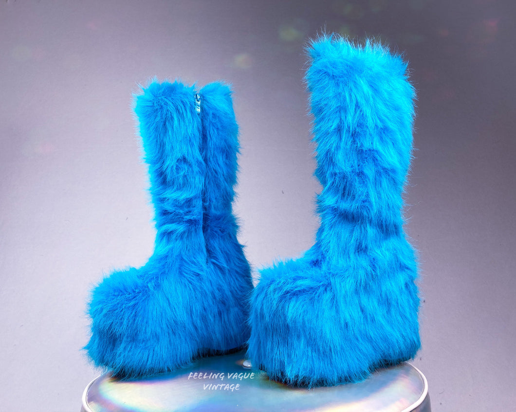 90's Electric Blue Shaggy Faux Fur Platform Wedge Rave GoGo Boots // 8