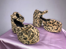 Load image into Gallery viewer, 90's Vintage Fuzzy Leopard Mary Jane Ankle Strap Platform Chunky Heels