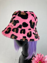 Load image into Gallery viewer, 90's Y2K Fuzzy Pink Leopard Faux Fur Bucket Hat