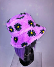 Load image into Gallery viewer, 90's Y2K Fuzzy Lavender Pastel Daisy Print Faux Fur Bucket Hat