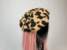 Load image into Gallery viewer, Oui 90's Y2K Bratz Spotted Animal Print French Beret Hat