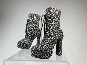 90's Scary Spice Lace Up Furry Leopard Animal Print Platform Chunky Mid Calf Boots // 6