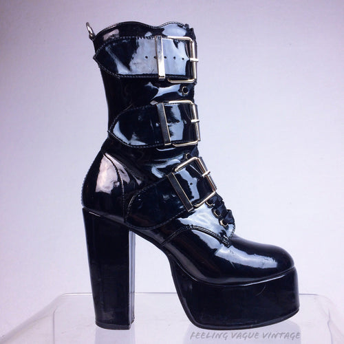 90's Black Faux Leather Patent Lace Up buckle Strap Shiny Boots // 6