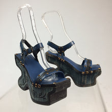 Load image into Gallery viewer, Almost Famous Vintage 90's does 70's Unique Turquoise Blue Green Carved Wood Platform Sandals