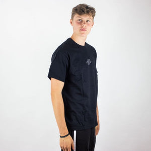 Essential Logo Shirt Black