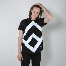 Load image into Gallery viewer, Massive Logo Tee black