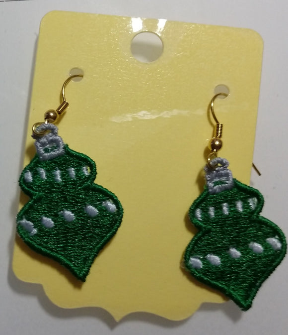 Freestanding Lace Christmas Earring