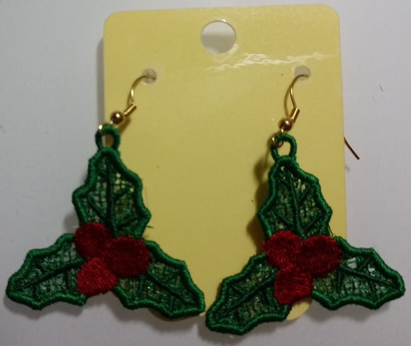 Freestanding Lace Holly Earrings