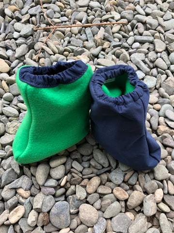 Littlies Navy/Kermit green shoe covers
