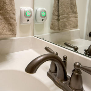 pureAir 50 Small Plug-in Air Deodorizer and Purifier in the Bathroom
