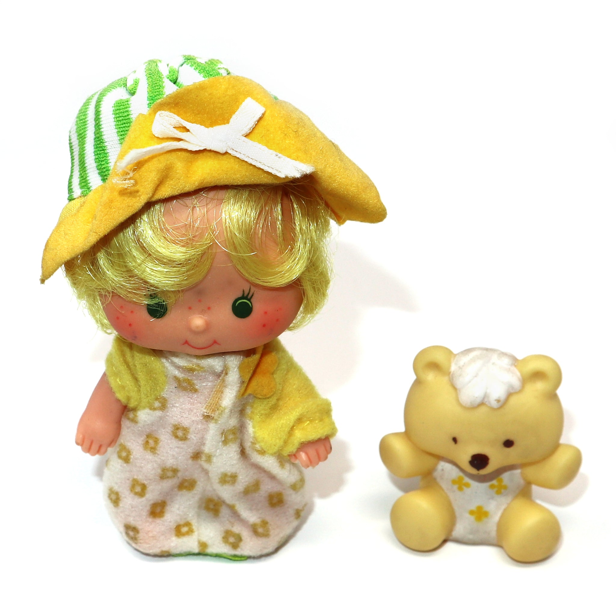 Vintage 1982 80s Kenner Strawberry Shortcake Butter Cookie Doll + Jelly Bear Pet