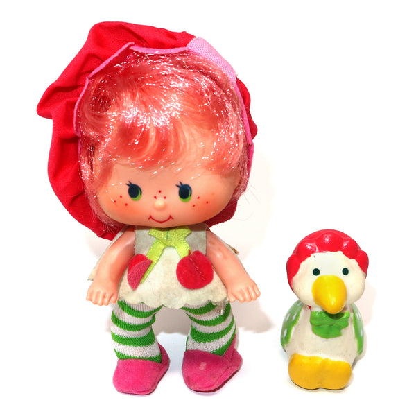 Vintage 1982 80s Kenner Strawberry Shortcake Cherry Cuddler Doll + Gooseberry Goose Pet