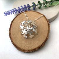 cow parsley necklace
