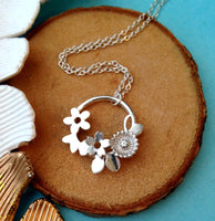 Flower Garland Necklace - a ring a day
