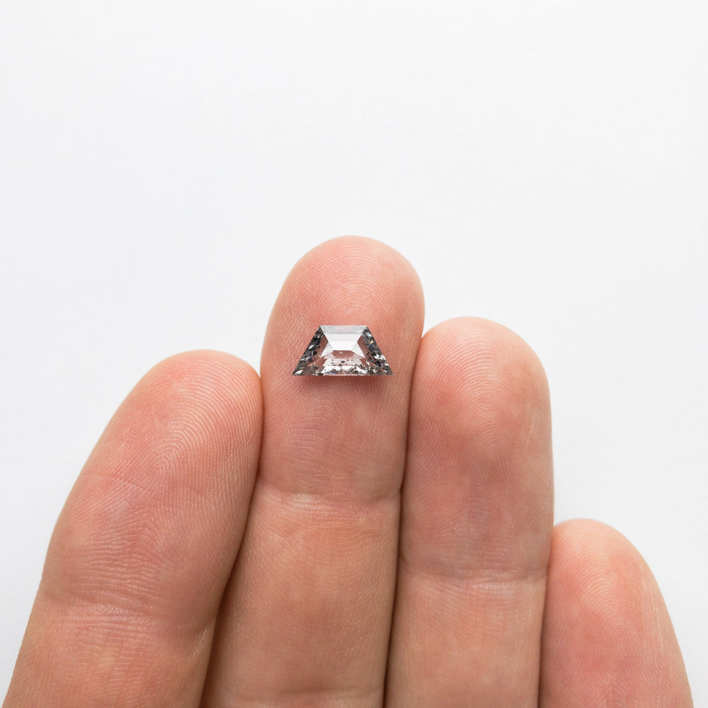 Load image into Gallery viewer, 1.09ct 10.52x5.18x2.42mm Trapezoid Rosecut 18381-01