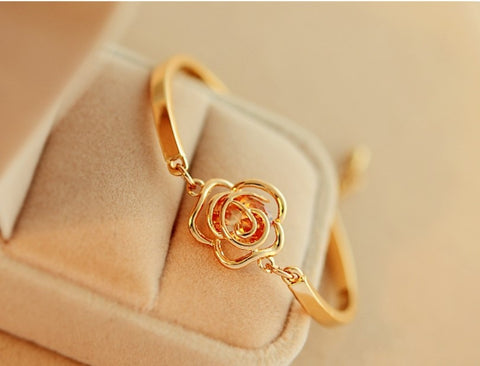 2019Fashion gold Flower Heart Bracelet Top Quality open bracelet cute yellow flower bracelet jewelry for female birthday gift