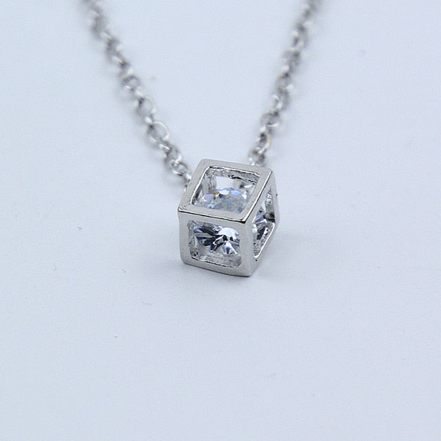 New Arrival Crystal Rhinestone Pendant Necklace For Women Fashion Silver Color Square Clavicle Necklace Wedding Jewelry