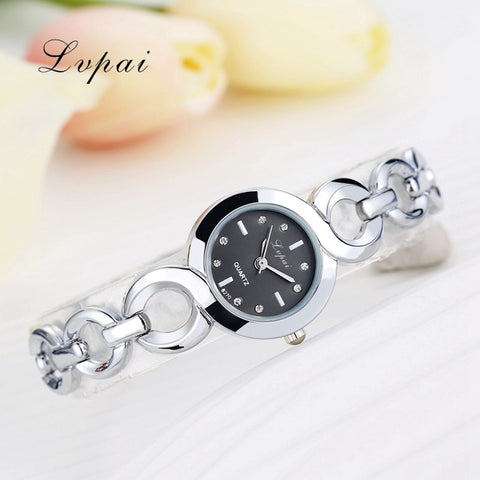 Women's Luxury C-Link Wristwatch