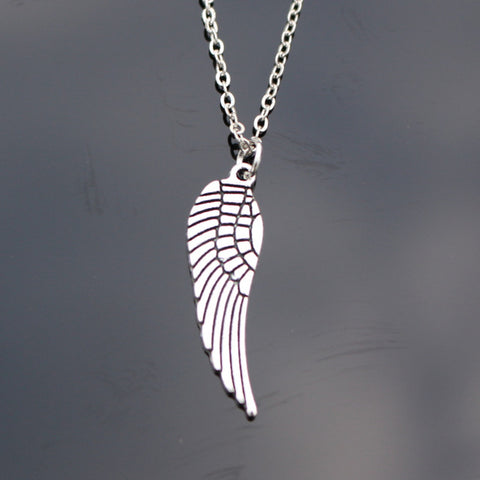 New Styles Collares Men Punk Vintage Cross Leaf Fish Heart Feather Wing Dragon Short Chain Clavicle Necklace For Women Jewelry