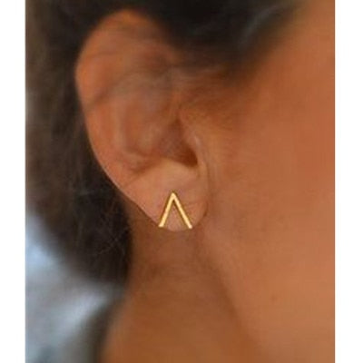 Concise Design Triangle Stud Earrings For Women Excellent Gold-color Stud Earrings Vintage Jewelry