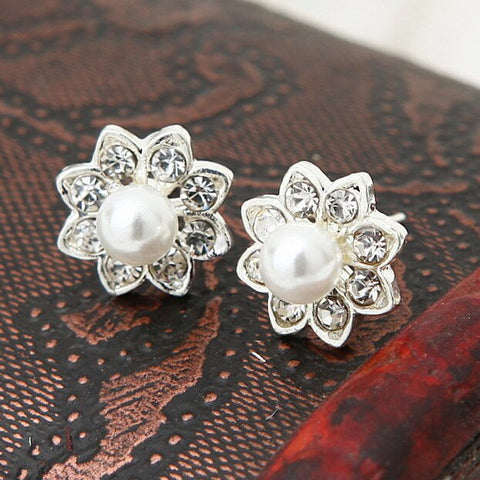 ES555 Flower Stud Earrings for Women Crystal Simulated Pearls Earring Fashion Jewelry Brincos Bijoux 2018 NEW Arrival