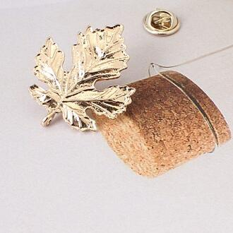 Z13 The New Fashion Gold-color Maple Leaf Brooches Pins For Women Men Vintage Lager Brooches Hot Excellent Costumes Jewelry