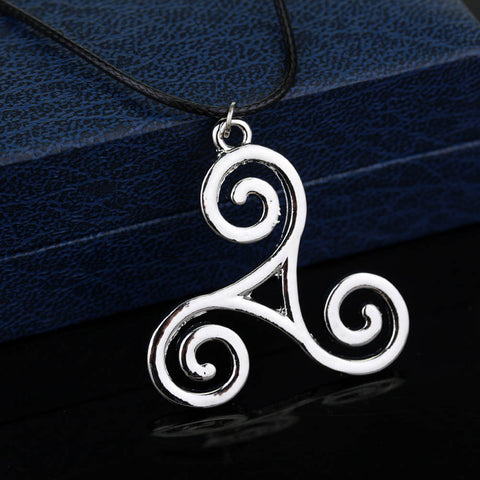1 Pc Fashion Jewelry Silver Alloy Charm Teen Wolf Triskele Necklace Triskelion necklace Allison Argent necklace