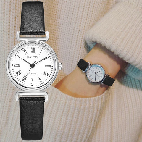 Exquisite Retro Female Wrist Watch