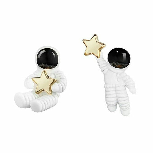 Cute Women Girl Creative Asymmetrical White And Black Astronaut 1Pair Starry Sky Space Star Women Earrings Valentines Gift