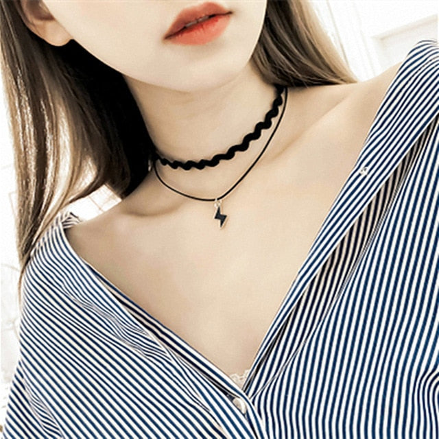 Triangle Circle Geometric Pendant Necklace Multilayer Chokers Necklaces for Women Collares Fashion Jewelry Bijoux Colar