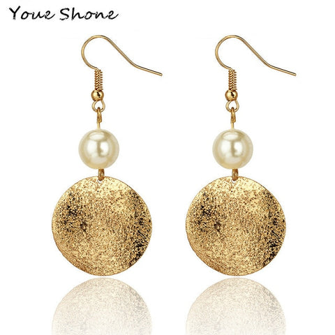 Elegant trendy dangling Pearl Earrings