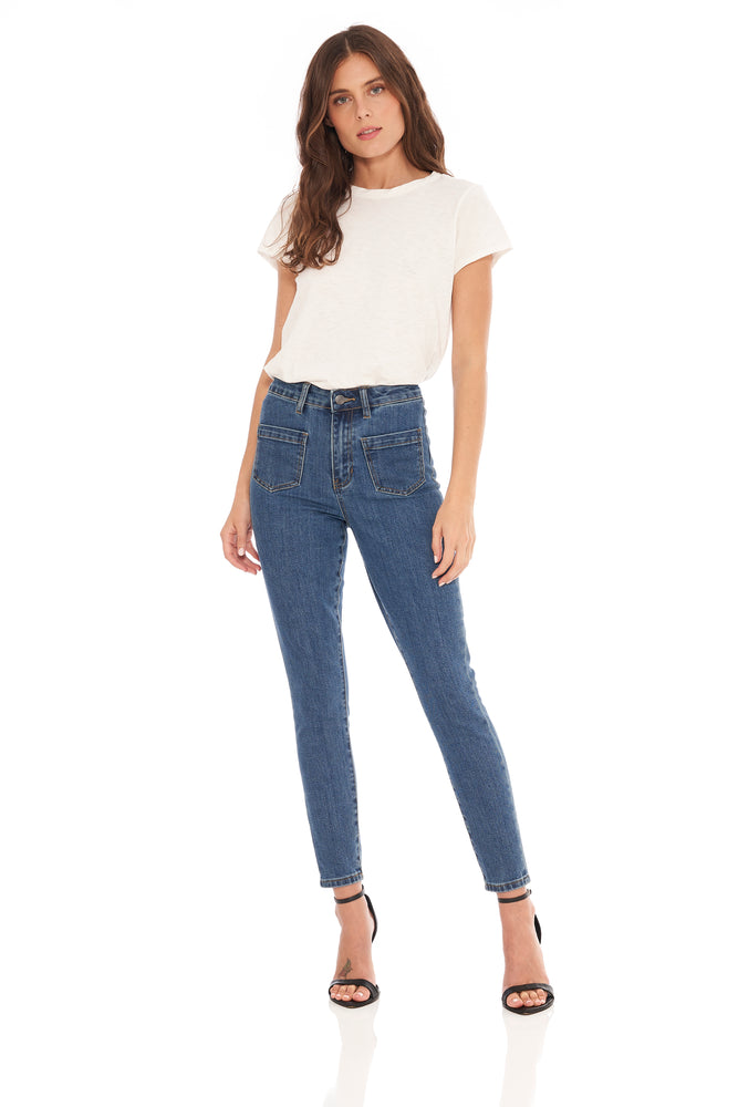 NEW! Keira High Rise Front Pocket Straight Medium Wash