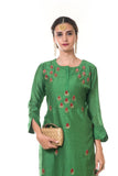 Green Hand Embroidered Floral Kurta with a Printed Slip