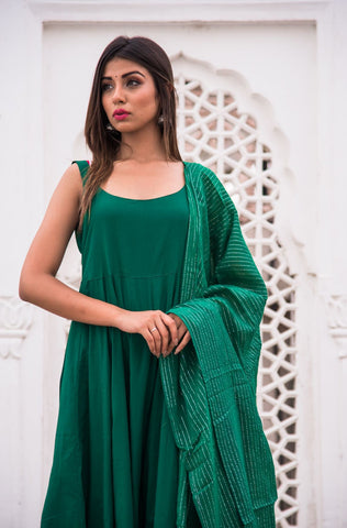 products/Noori_Green_Anarkali_Set_1.jpg