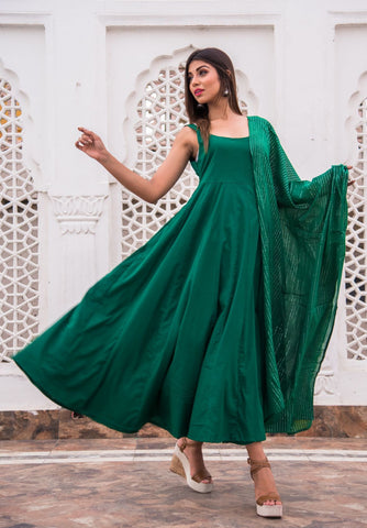 products/Noori_Green_Anarkali_Set_2.jpg