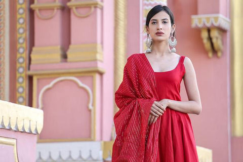 products/Noori_Red_Anarkali_Set_1.jpg