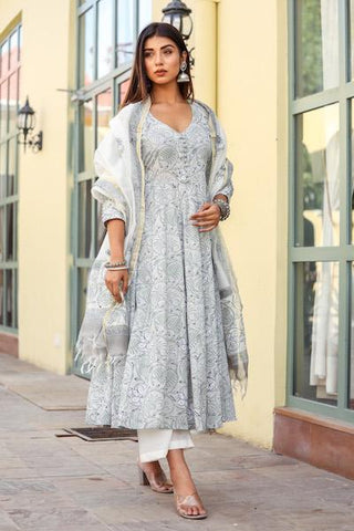 products/Sharmila_Grey_Set_1.jpg