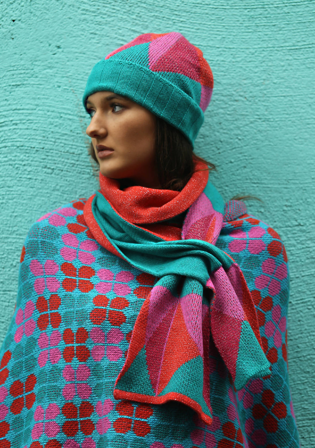 Triangular Patterned Pull Through Scarf
