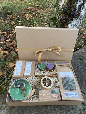 Ode to Mother Earth - gift box