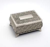 Personalized engraved jewelry boxes