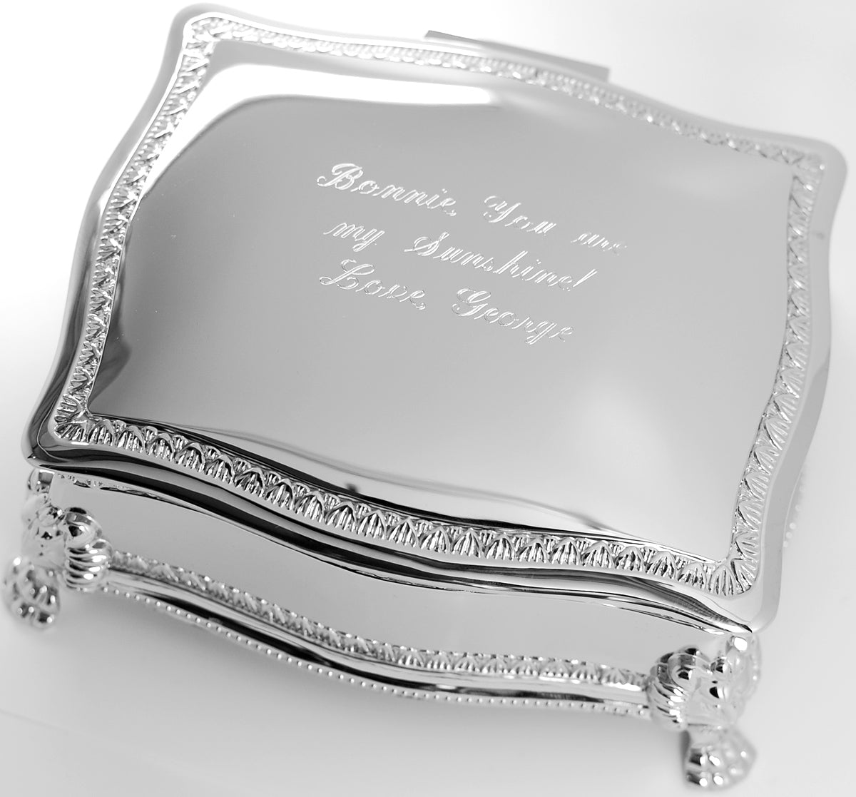 Personalized Victorian 6 Inch Jewelry Box Engraved With Name Or Monogram