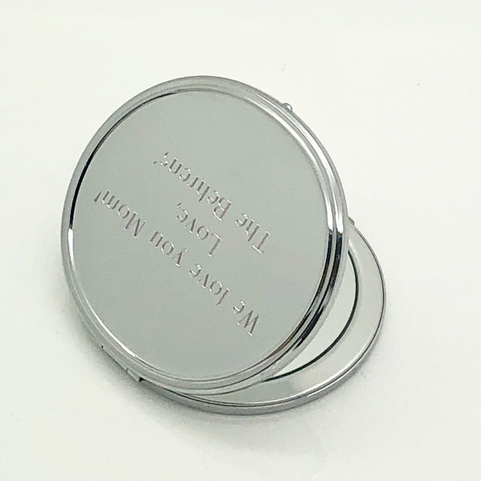 Personalized oval compact mirror, engraved with text