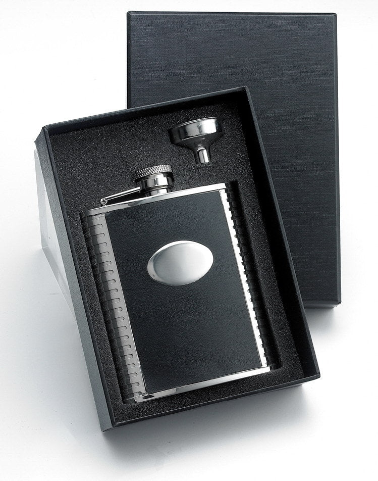 Personalized Black leather 6oz flask gift set - Groomsmen, Father of the bride/groom gift